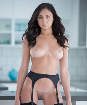 Ariana Marie Porno