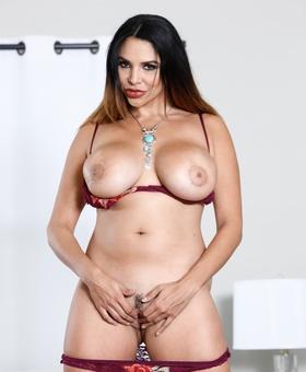 Missy Martinez Porno